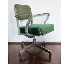Office Chairs With Arms And Wheels Vintage Green Steelcase Rolling Computer Office Chair 18500