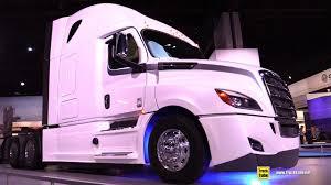 2018 Freighliner Cascadia Raised Roof Sleeper Truck - Walkaround - 2017 NACV Show Atlanta