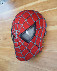 this ultimate 3d printed spider man mask is nothing short of incredible