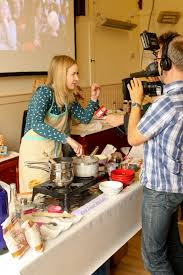 the golden spurtle world porridge championship part three how to porridge lady interviewed by cnn