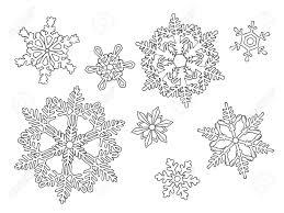 白い背景に分離された手描きクリスマス雪の結晶のセットです大人の塗り絵の白黒ページですeps 10