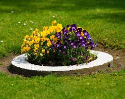 Small Round Flower Bed Design 27 Best Flower Bed Ideas Decorations And Designs For 2019
