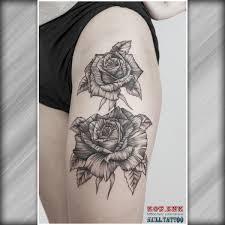 тату розы на бедре татуировка солнечногорск