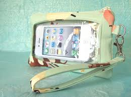 touch screen wristlet iphone wallet