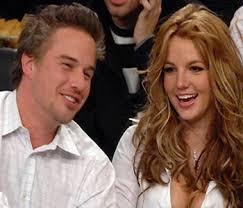 Britney Spears and Jason Trawick holidaying in New York Washington, Dec 31 : Pop star Britney Spears and her fiancé, Jason Trawick, are enjoying their ... - BritneySpears-JasonTrawick