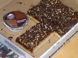 pizza hut chocolate dunkers. Fine Dunkers Not So Much These Pizza Hut Chocolate Dunkers As The Commercial  Advertising Them Iu0027m Not Sure What I Dislike More Fact That Theyu0027re Pretending People  Throughout Chocolate Dunkers