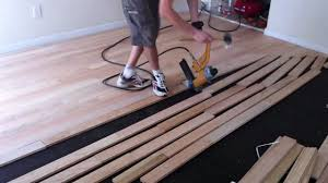 how to use a finish nailer to nail down hardwood floor