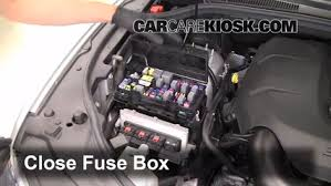 replace a fuse 2011 2016 dodge durango 2011 dodge durango crew 6 replace cover secure the cover and test component