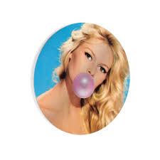Brigitte Bardot Pink Bubble Gum Wall Art Glossy CIRCLE METAL PRINT Col –  Smile Art Design