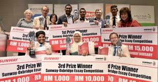 college news sunway oxbridge essay competition winners  college news sunway oxbridge essay competition 2016 winners awarded for originality