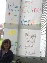 Draw Big Chart Paper Drawings To Welcome Visiting Family