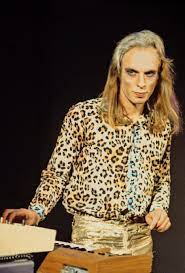 See brian eno pictures, photo shoots, and listen online to the latest music. Roxy Music Open Up On Their Career As Debut Album Turns 45