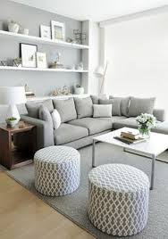 Saln con paredes grises JB: Great idea for a smaller space.