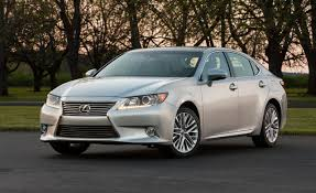 2013 Lexus ES350 First Drive – Review – Car and Driver