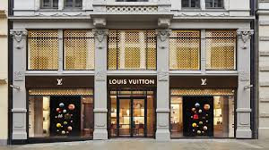 Louis Vuitton Find a Store.