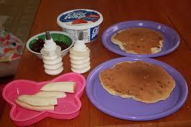 Cool Pancake Designs Fun Cooking Pancake Art Midgetmomma