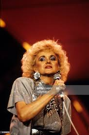 Photo of Margo SMITH, Margo Smith performing on stage News Photo - Getty  Images