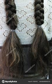 Dvou Copů účes školy Pro Dívky Její Vlasy Stock Fotografie