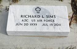 "Richard L. ""Dick"" Sims (1935-2011) - Find A Grave Memorial"