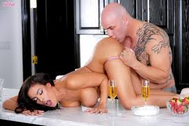 Sexy Luna Star drinks Champagne before having Sex 1 of 2