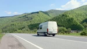 white van in forest ile ilgili görsel sonucu