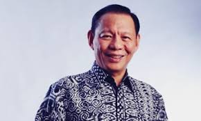 Sukanto tanoto's corporate group, golden royal eagle, has several companies that expand to several countries such as brazil, norway, singapore, china and philippine. Biodata Sukanto Tanoto Si Ceo Dan Founder Dari Royal Golden Eagle