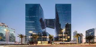 ME Dubai Hotel. Das langersehnteste Hotel in Dubai