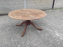 large round oak antique table georgian revival extending 5ft round oak dining table to seat up to 10 people