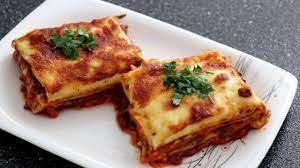 Kıymalı beşamel soslu lazanya tarifi / kolay lazanya tarifi / sebzeli  lazanya - YouTube