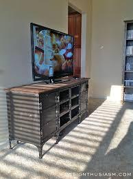 Best 25+ Bachelor Apartment Decor Ideas On Pinterest | Studio Apartments,  Small Basement Bedroom And Studio Apt