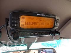 t100 ham radio install w aprs toyota cruisers trucks magazine ham radio aprs install tct magazine
