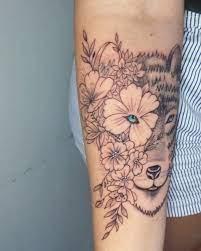 1:02 studio e edson tattoo recommended for you. Zanelatotattoo Tatuagem Feminina Lobo Com Flores