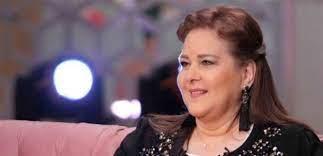 كيف ستؤثر بقاء الفنانة دلال عبد العزيز في المستشفى على صحتها؟