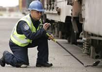 cbp officer inspecting rail cars cbp officer job description
