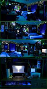 Blacklight Room!