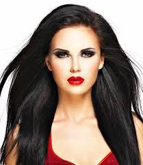 capelli neri con ssi rossi