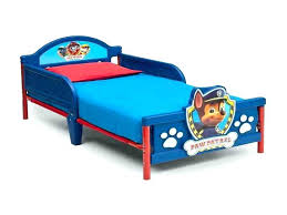 toy story toddler bedding toys r us toddler bed toys r us twin bed awesome paw