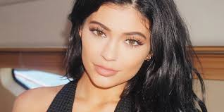kylie jenner make up tutorial you source 3 000 worth of ain t no thang