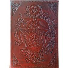 a beautifully crafted pagan pentacle leather journal this multi purposed journal makes an ideal diary or sketch pad ed with a two ring binder this