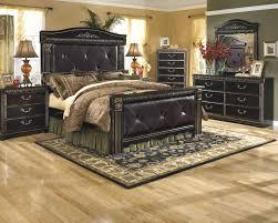 Coal Creek 6 Pc. Bedroom - Dresser, Mirror & Queen Mansion Bed ...