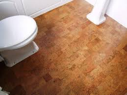 cork floor bathroom decor ideas