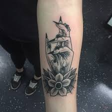 маленькие тату надписи на руке тату надписи татуировки надписи