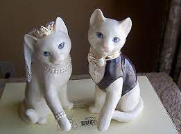 Search Priceabate For Current Deals And Coupons Cat Wedding Cake Topper Cat Wedding Wedding Cake Toppers