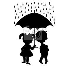 Coppia Di Bambini Che Soggiornano Sotto Un Ombrello Manifesti Da