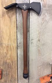 based on the wildland firefighter s best friend the pulaski axe by barebones living features an axe head balanced by an adze so you can chop wood as well