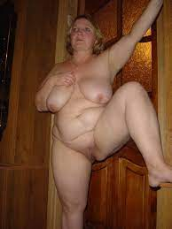 Mega Hot Naked Women Porn Clip