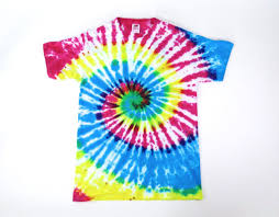picture of how to tie dye an old white shirt