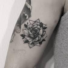 розы тату на руках кинозавр