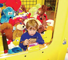 Kid In Vending Machine Extraordinary Kid Stuck In Crane Game Again GadgetKing