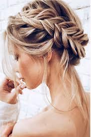Plesové účesy Pro Polodlouhé Vlasy